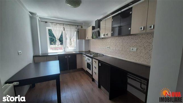 Apartament patru camere zona Racadau