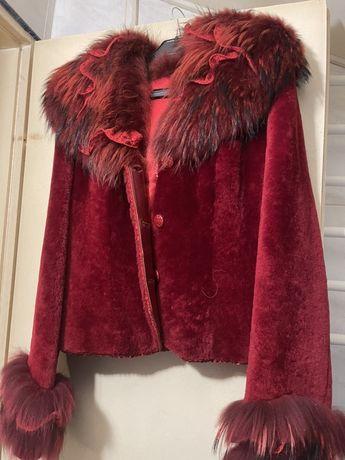 Чисто ново палто-агнешки косъм с лисица