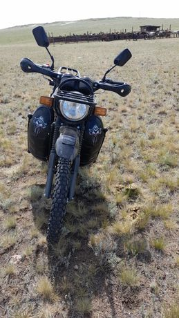 Продаю мотоцикл 200 кубовый
