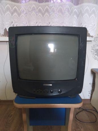Маленький телевизор Samsung !