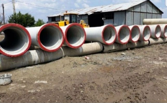 Vând tuburi din beton armat