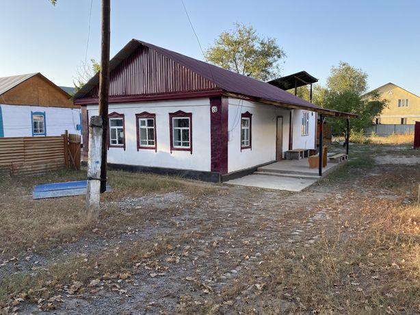 Продам 4 комн. дом в г.Каскелен, 7,48 сот. реальному покупателю торг.