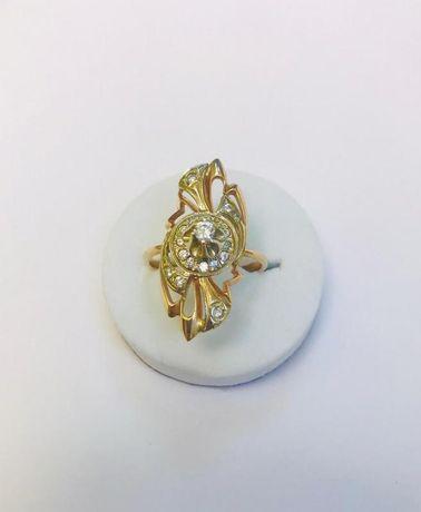 Кольцо с камнями Золото, золото 585 Россия, вес 5.35 г. №11356