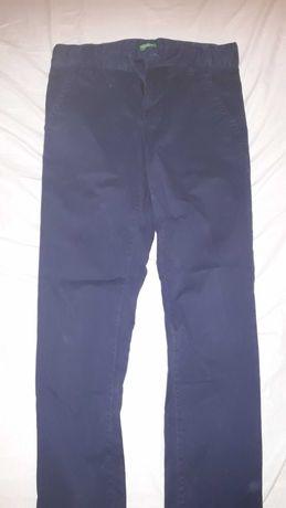 Pantaloni 10-11 ani Benetton