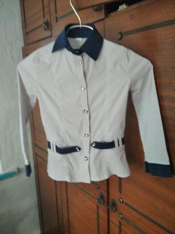 Дет школьные блузочки для разного возраста б/у в хорошем состоянии