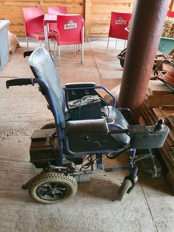 Carucior persoane cu dizabilitati