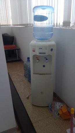 Диспенсер для воды рабочая