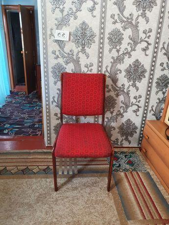 Продаётся стулья  деревянные