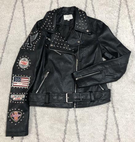Geaca neagra piele ecologica marime 38 geaca rock geaca motocicleta