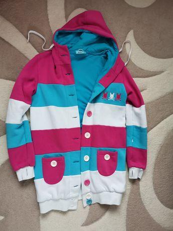 Vând jachete/blazere damă toamna /iarna. Mărimi M/L. Impecabile.