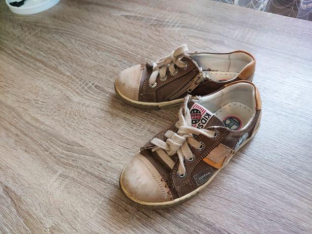 Детская обувь продам