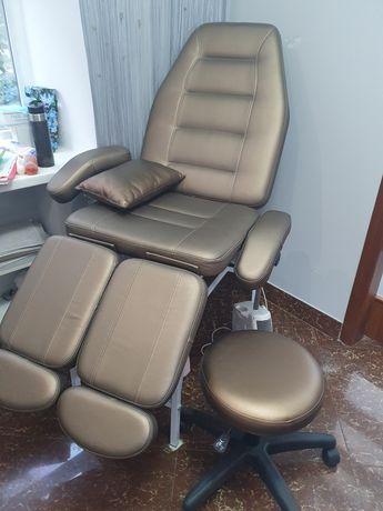 Кресло и стул педикюрное