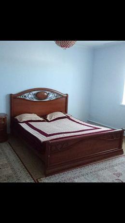 Спальный кровать