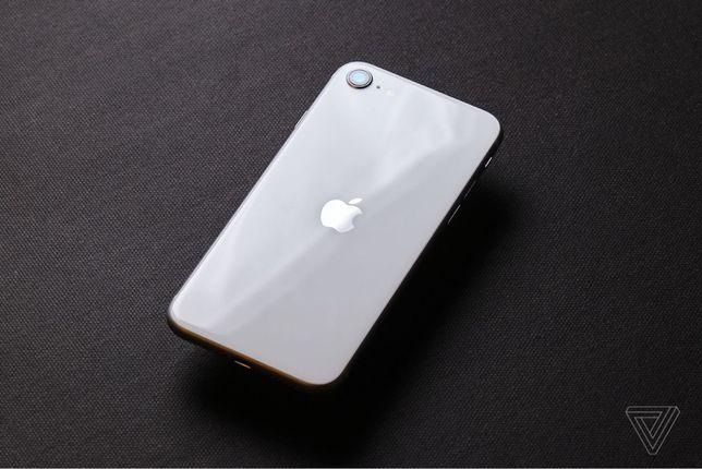 Продам или обмен айфон se 128 gb