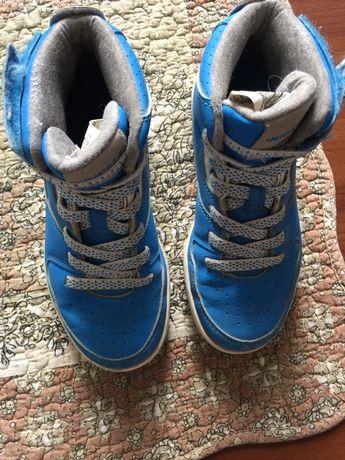 Детски зимни  непромокаеми обувки