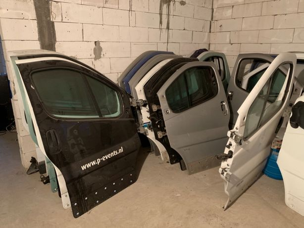 Usi Fata/Spate/Haion/Laterale Renault Trafic/Opel Vivaro An 2001-2014