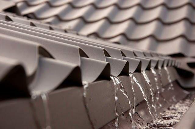 Reparații acoperisuri Montaj Tigla metalica si dulgherie