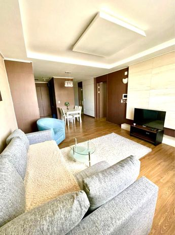 Квартира по суточно 2 х комнатная люкс в Жк Хайвыл астана