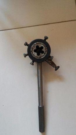 Лерка для нарезки резьбы на трубе диаметром 1/2 дюйма