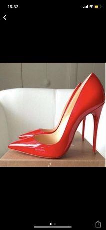 Продам новые туфли Cristian Louboutin