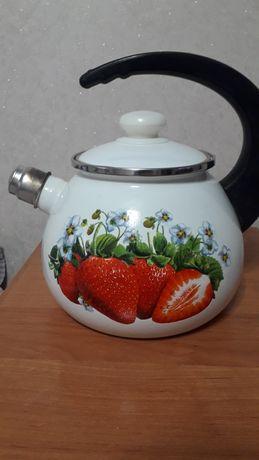 Чайники большой и заварочный  эмалированый