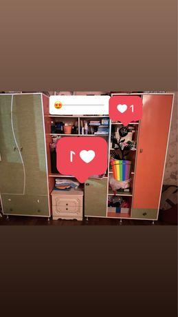 Детский шкаф и кровать, почти новые