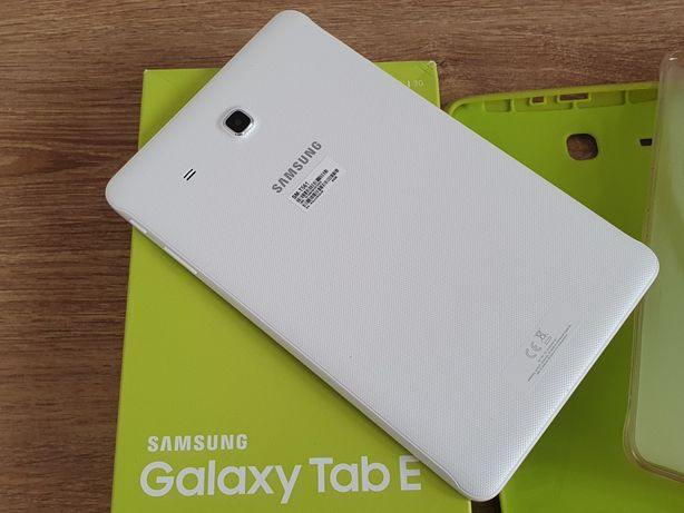 "Tableta Samsung Galaxy Tab E T561, 9.6"", Quad-Core 1.3 Ghz, 1.5GB RAM"