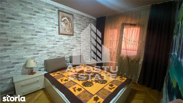 Apartament 3 camere , zona Sagului
