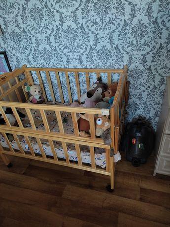Отдам бесплатно детскую кроватку в хорошем состоянии.Отдам ее тем кто