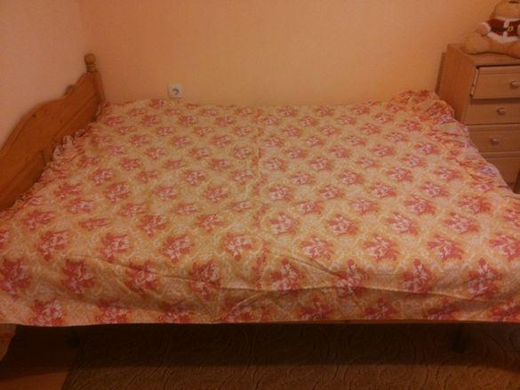 2 броя шалтета за спалня, покривки за легло