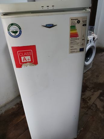 Ladă frigorifica verticală maxwell
