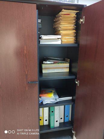 Шкаф для документов деревянный с металлическими полками б/у
