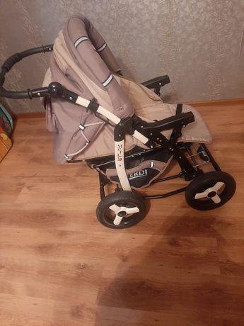 Продам  коляску детскую трансформер немецкого производства