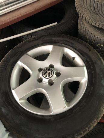 Джанти с гуми 235/65R17 VW