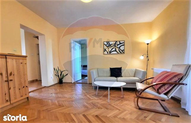 Apartament cu 3 camere pe strada Louis Pasteur in zona Central-Oradea.