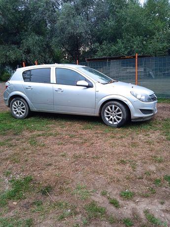 Vând Opel Astra TDI