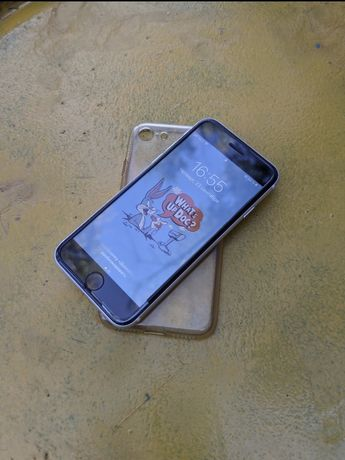 iphone SE 2020 в отличном состоянии