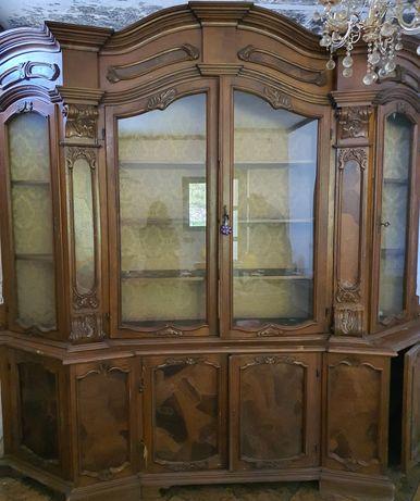 Vand vitrina lemn masiv