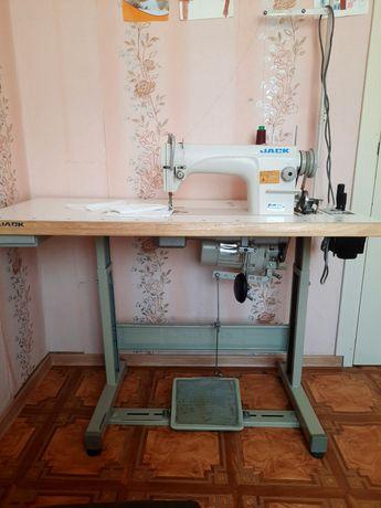 Швейная промышленная машина JACK