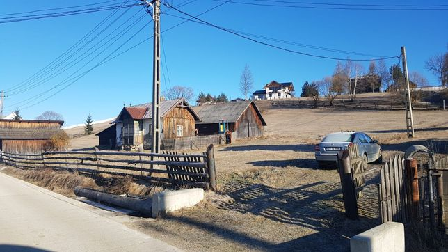 Casa și teren