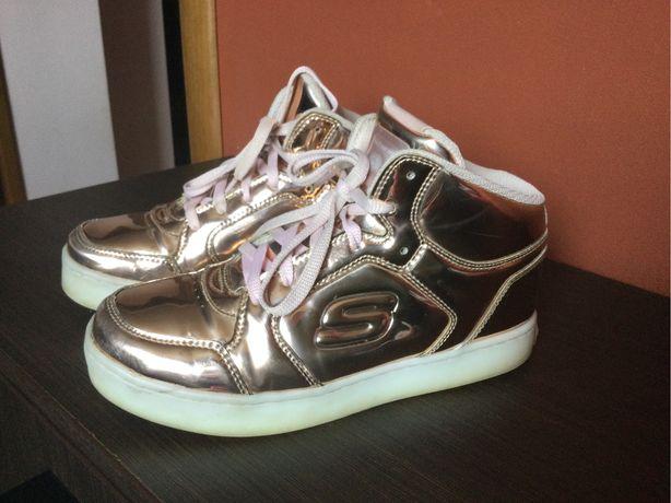 Ботинки для девочек sketschers. 37 размер . Б/у