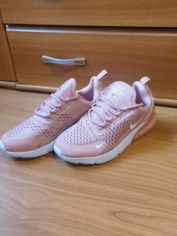 Nike roz nr 40..