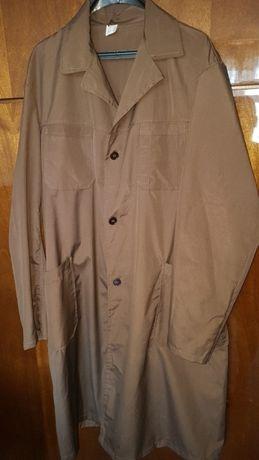 Продавам работна манта и мъжки комплект (яке+панталон)
