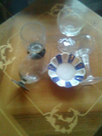 lot format:2cupe cristal sampanie,2pahare Bohemia;farfurie veche