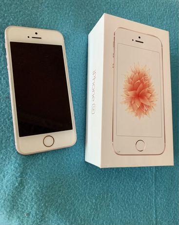 iPhone SE первого поколения