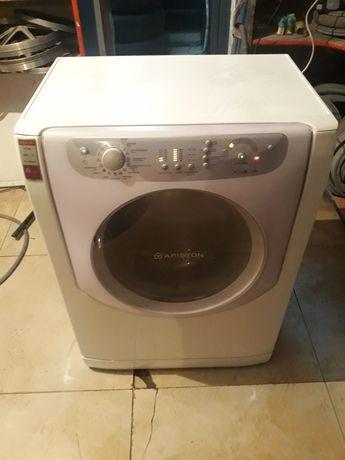 Продам стиральную машинку Ariston 6 кг ,доставка по городу Алматы
