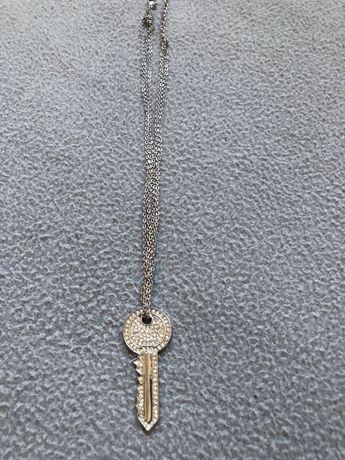 Ново марково Колие Ключ с бели камъни