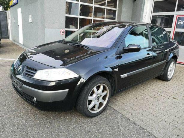 Dezmembram Renault Megane 1.5 DCI 80 cp 2005