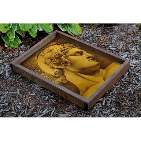 Tava lemn masiv 50 x 40 cm cu figură de soldat roman