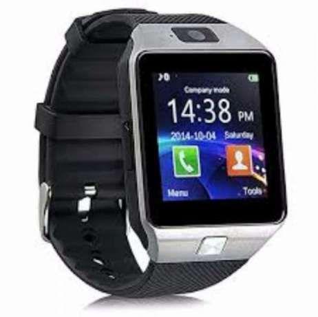 Телефон-часовник СМАРТ с SIM и SD карти, камера, Фейсбук и други DZ09
